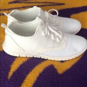 White Lightweight Gym Shoes